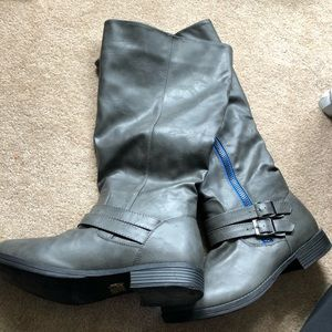 NWOT Journee Collection Gray Knee high boots